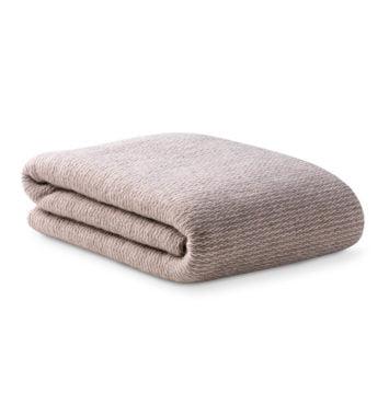 Tæppe i brunt/grå