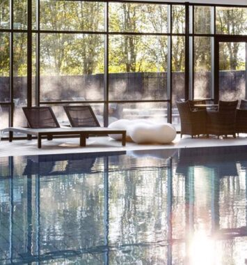 Pool med store I spa på Himmerland