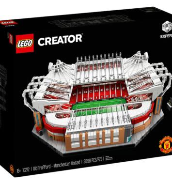 Lego-Creator-Old-Trafford-Manchester-United-10272
