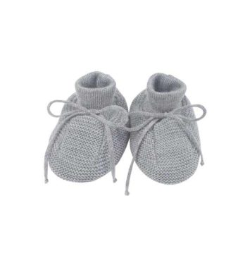 babyfutter i graa uld