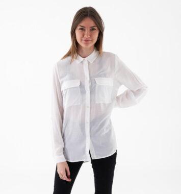 Hvid skjorte til hende